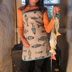 Tablier enfant tissu poissons .6-8 ans .Breizh RAIN'ette.Produit breton