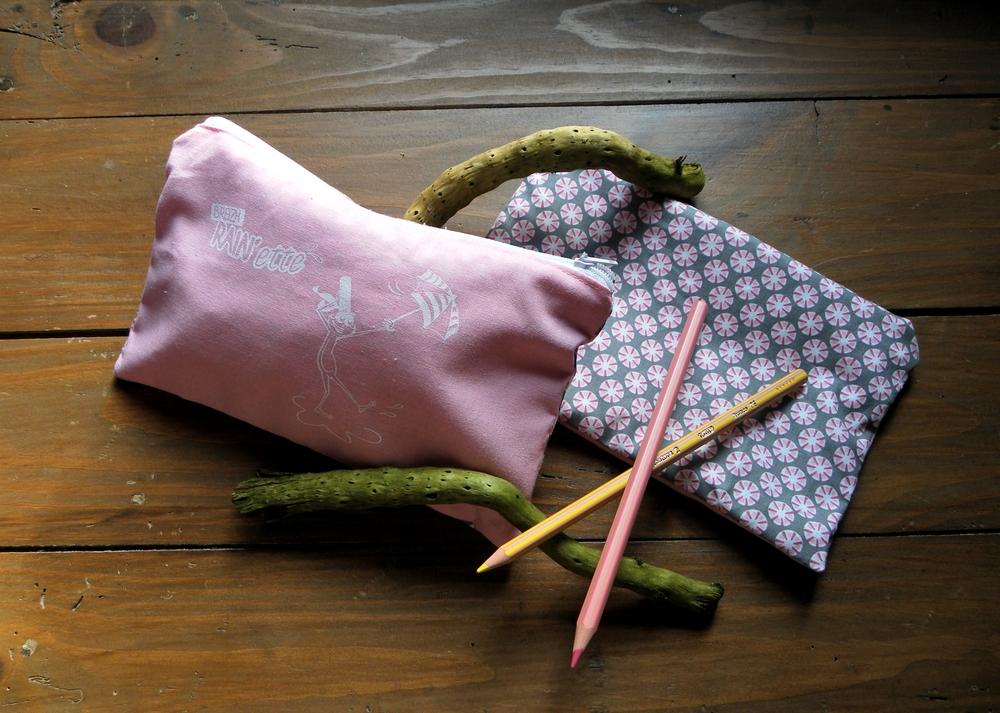 Trousse rose bonbon et grise-Breizh RAIN'ette-Produit breton