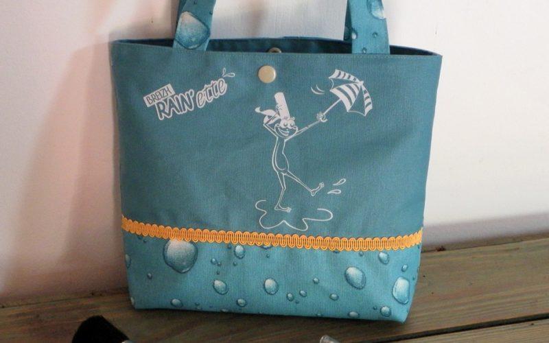 Petit-sac-coton-enduit-turquoise.Breizh-RAINette.Produit-breton.