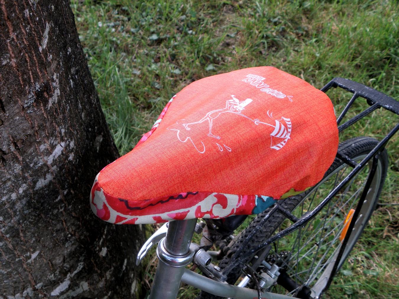 Housse-selle-vélo-multico-.Breizh-RAINette.Produit-breton