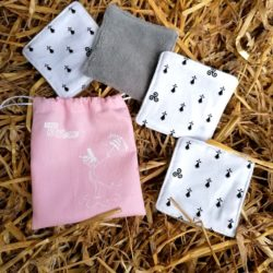 pochette-rose-4-lingettes-hermines-.breizh-RAINette.produit-breton